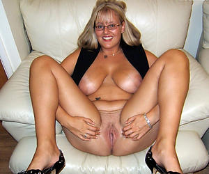 Homemade mature cunt galleries