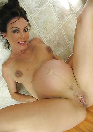 Mature Pregnant Pics