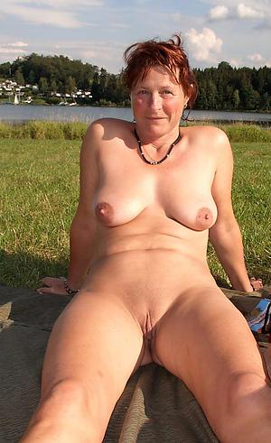 Xxx sexy horny moms