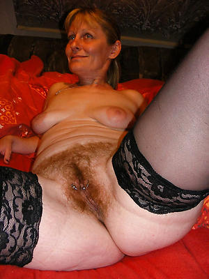 Naked natural handsomeness women