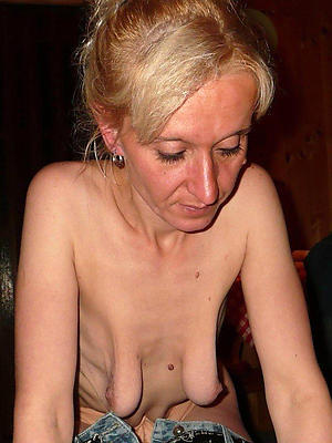 Emaciated mature pussy pics