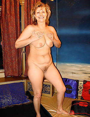 Slutty sexy mature wife