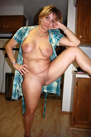 Astonishing X mature wife