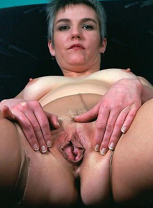 Xxx single mature women