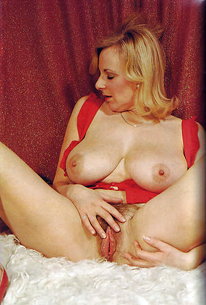 Hot vintage mature women pics