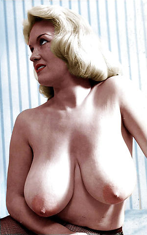 Horny mature vintage sex galleries