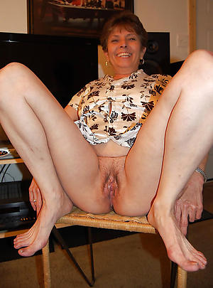 Pretty mature women with hairy vaginas pics