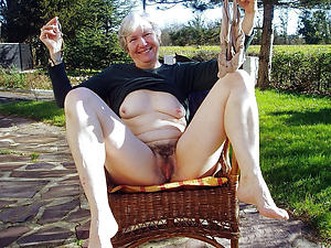 Slutty mature vagina pictures