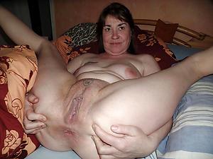 Pretty mature vagina pics