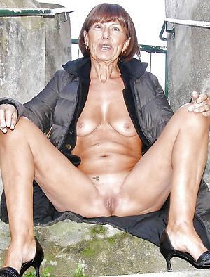 Inexperienced sexy grandmother porn