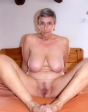 Amazing curvy busty mature amateur pictures