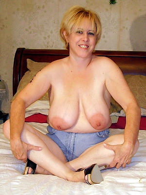 Firsthand busty nude mature amateur pics