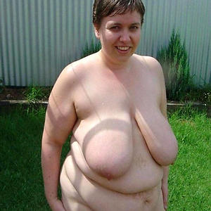 Sweet busty nude mature