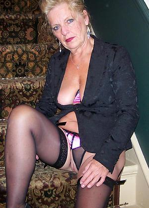 Oversexed amateur mature nude pics