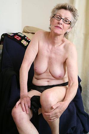 Slutty mature older women naked pics