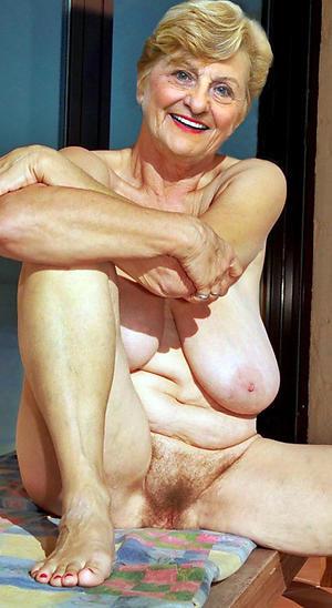 Older mature pussy porn images