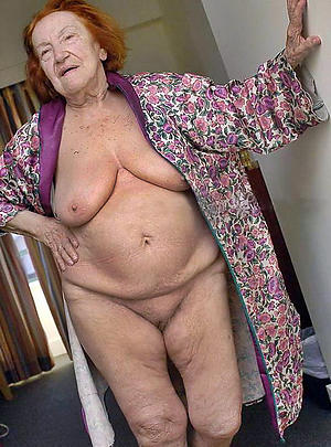 Busty older mature pussy