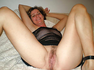 Slutty hairy cunt mature