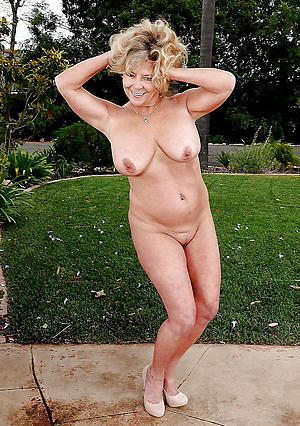 Busty private adult porn pictures