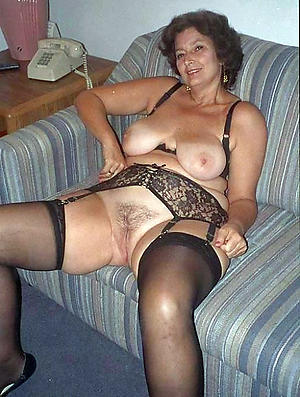 Amateur pics of homemade mature wife