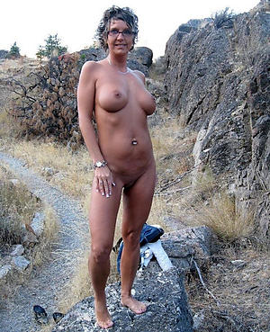 Nude mature nude paws pics