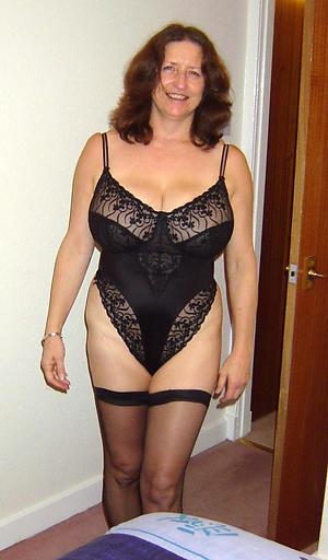 Pretty mature erotic ladies