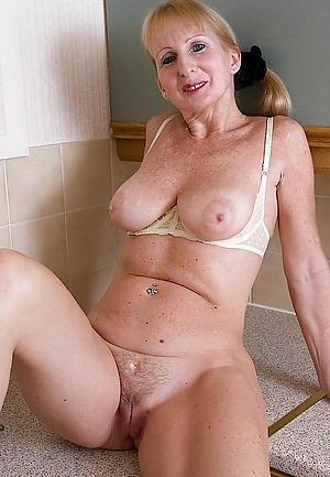 Xxx natural breast mature