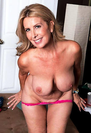 Xxx single russian women stark naked photos