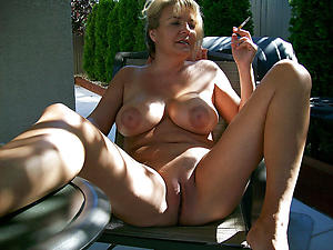 Xxx mature bimbo wife amateur pictures