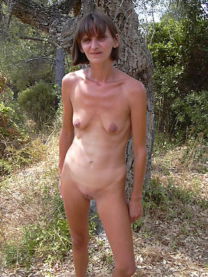 Amateur pics of skinny naked mature battalion