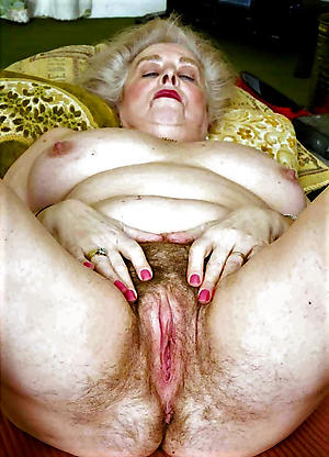 Sexy grandma nudepictures