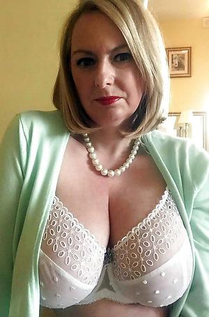 Slutty swank mature gentry nude pics