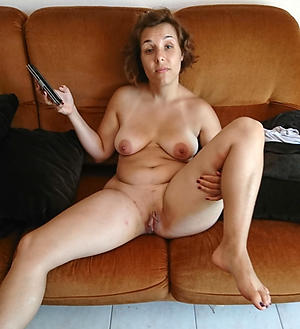 Pretty mature amateur homemade porn