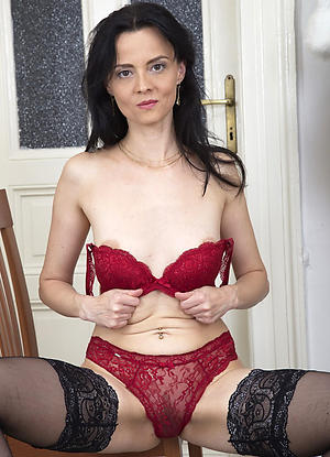 Amateur pics of homemade mature wives