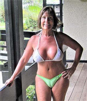 Free old ladies in bikinis