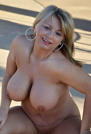 Busty beautiful mature blondes