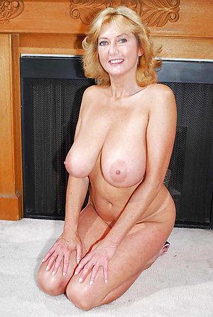 Xxx mature blonde sluts porn pics