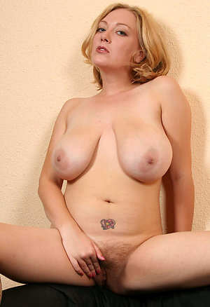 Best pics of blonde wife porn