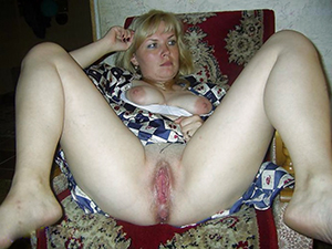 Cute hot blonde mom sex