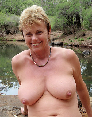 Mature naked blond moms