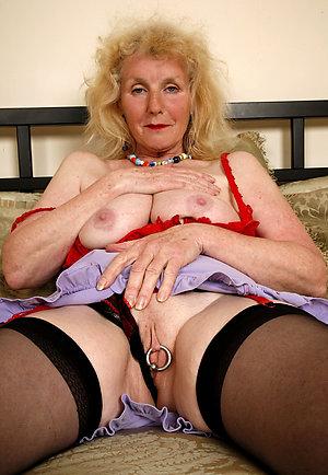 Naughty naked blonde moms