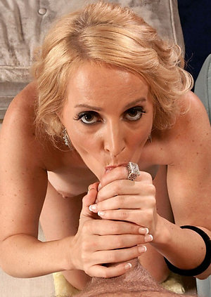 Real best mature blowjob amateur photo