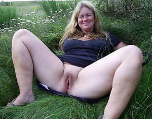 Pretty mature white women photos