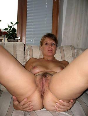 Unshaved mature women naked photos