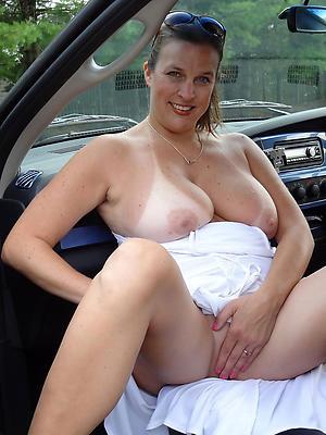 Xxx mature in car nude pics