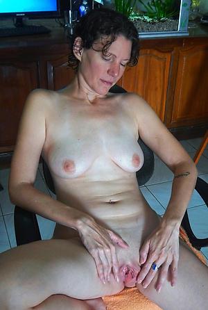 Amazing mature white column porn