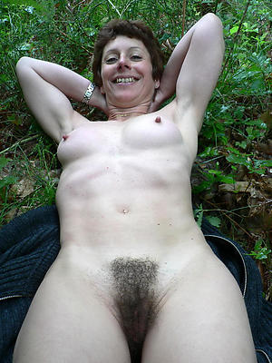 Naughty nude hairy milf unembellished photos