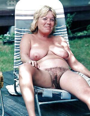 Free mature nude Victorian milf nude photos