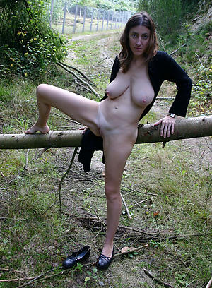 beauties nude mature undemonstrative pics
