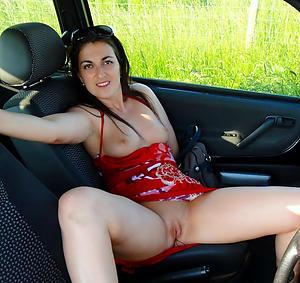 Pretty mature car porn galleries